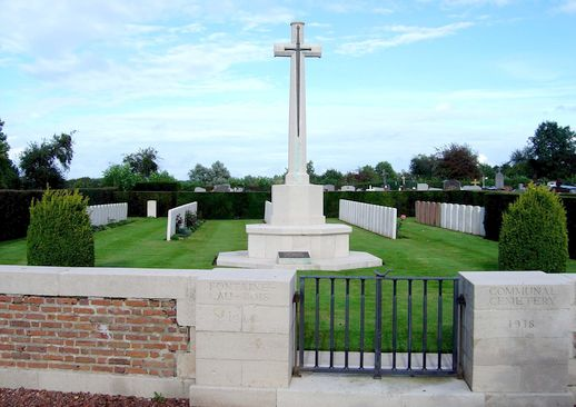 FONTAINE AU BOIS Communal Cemetery (Nord France)